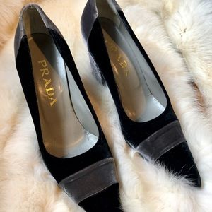 Prada Shoes - Prada velvet pump